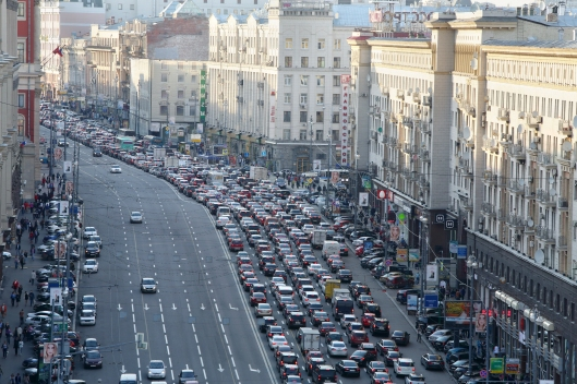 bigstock-MOSCOW--MAY---Traffic-jam-o-45102613