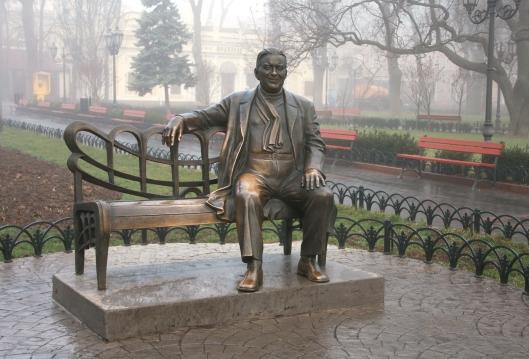 Monument Leonid Utyosov in the Municipal gardens, Odessa, Ukrain