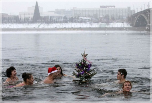 new_year_Russia_2013 winter bathing